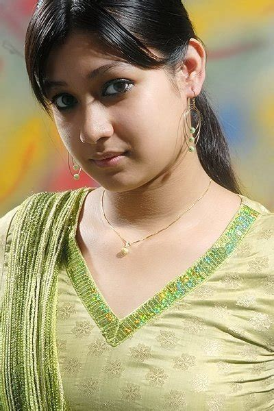 Hot Bangladeshi Girl Rumky  Bangla Golpo