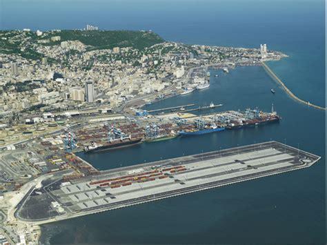 haifa ach 232 vement du terminal 224 conteneurs de