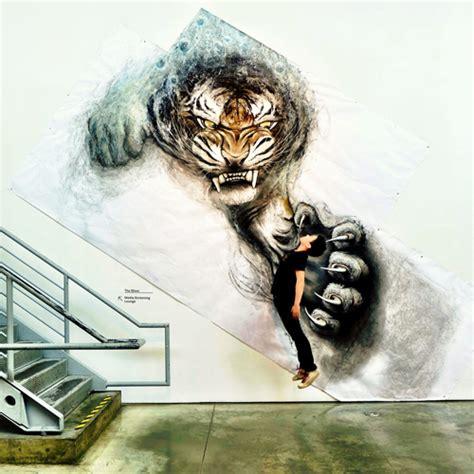 amazing  animal illustrations  alive   wall