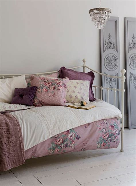 id馥s couleur chambre chambre couleur parme salle de s jour en violet couleur parme chambre lit coussins