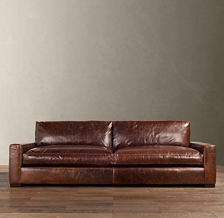 Distressed Leather Sleeper Sofa by Best 25 Distressed Leather Sofa Ideas On