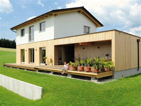 Hausfassade Mit Holz Verkleiden by 45 Spektakul 228 Re Beispiele F 252 R Moderne Hausfassaden