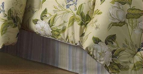 waverly magnolia grandiflora williamsburg yellow floral