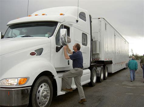the basic eligibility required to apply as foreign truck