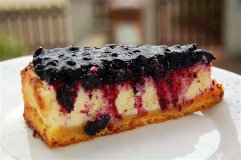 cheesecake mit heidelbeertopping essen und trinken