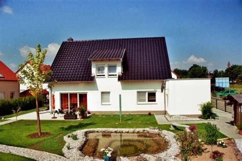 Ferienhaus Mit Garage by Garage Mit Dachterrasse Ihr Massivhaus Mit Garage Kern