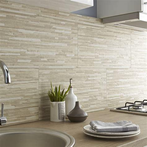 carrelage mur cuisine carrelage mur beige listello l 30 x l 60 cm leroy merlin