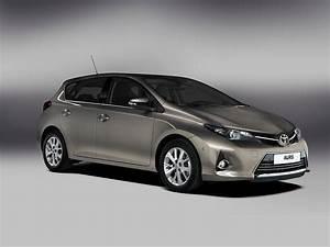 Toyota Auris 2015 : toyota auris 5 doors specs photos 2013 2014 2015 autoevolution ~ Medecine-chirurgie-esthetiques.com Avis de Voitures
