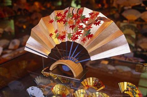 visual merchandising window display ideas  japan zen