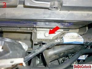 Batterie Renault Clio 3 : changer la batterie sur renault laguna ii tuto ~ Gottalentnigeria.com Avis de Voitures