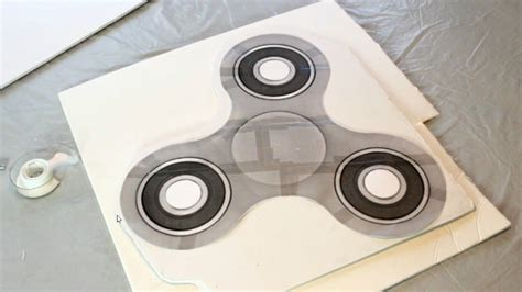 Fidget Spinner Template How To Make A Fidget Spinner Cake I Scream For Buttercream