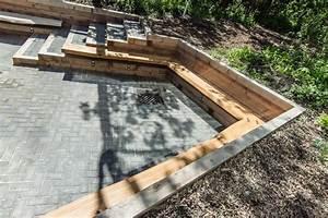 Qualico Family Centre Patio Assiniboine Park - Modern