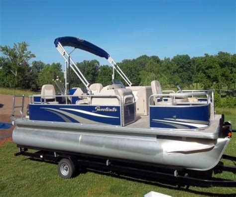 Pontoon Boats For Sale By Owner In Nashville Tn by Sweetwater Boats For Sale In Tennessee Used Sweetwater
