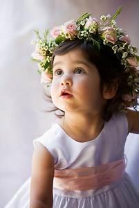 Couronne De Fleurs Mariage Petite Fille : une belle couronne de fleur pour les petites filles enfants d 39 honneur bouquet mari e fleurs ~ Dallasstarsshop.com Idées de Décoration