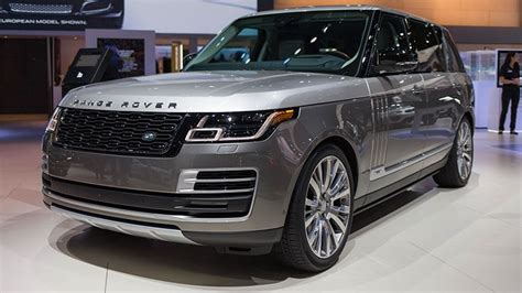 Good Luck Finding Every Button In The 0,000 Range Rover