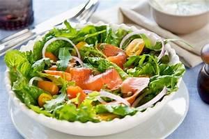 Salat Mit Geräuchertem Lachs : ger ucherter lachs salat stockfoto colourbox ~ Orissabook.com Haus und Dekorationen
