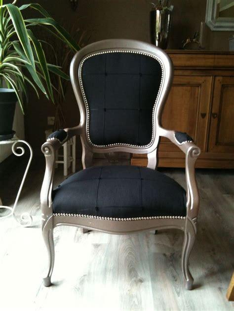 tapisser un fauteuil voltaire les 25 meilleures id 233 es de la cat 233 gorie fauteuil voltaire