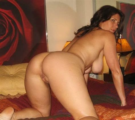 Thick Wife On Her Hands And Knees Naked Private Milf Pics