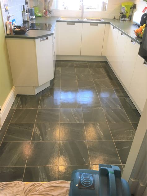 kitchen floor vinyl tile amtico kitchen floor cleaned and sealed in lancashire 4853