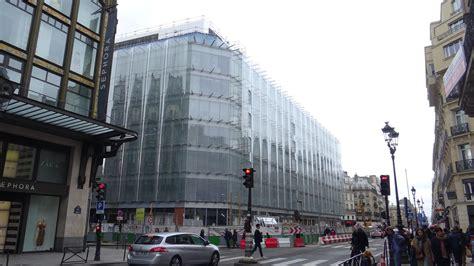 La samaritaine, the landmark paris department store that dates to 1870, is reopening after closing 16 years ago. » Samaritaine : la victoire de Bernard Arnault, la défaite ...