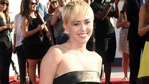 41 Best Miley Cyrus Images On Pinterest Celebs Famous