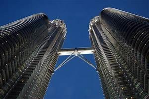 Malaysian Petronas runs global with Canadian Progress takeover