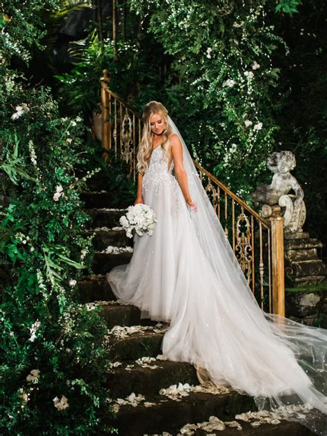 arie  lauren wedding   knot news