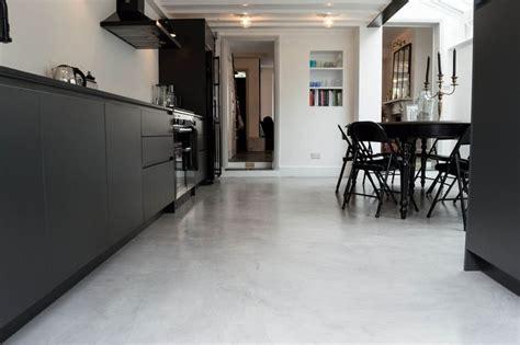 poured concrete kitchen floor bodenbelag f 252 r k 252 che 6 ideen f 252 r unterschiedliche 4380