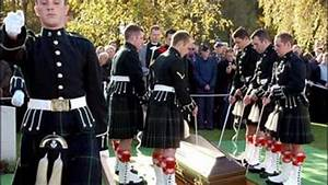 Scottish Soldiers Forced To Share Kilts - CBS News
