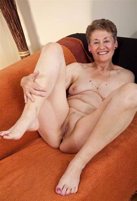 amateur grannys granny girdles