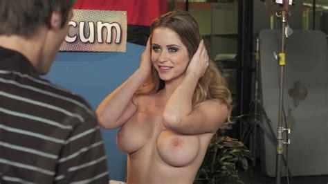 Emily Addison Nue Dans Celebrity Sex Tape
