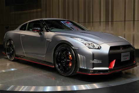 First Uk Gt-r Nismo Delivered With Added Thrills