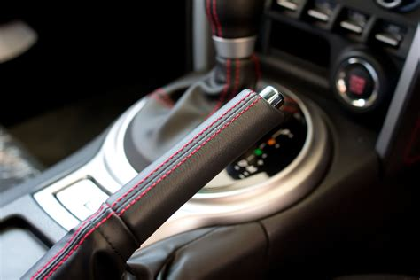 How Your Parking Brake Works And When To Use It