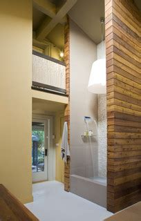 story shower  recirculating fountain