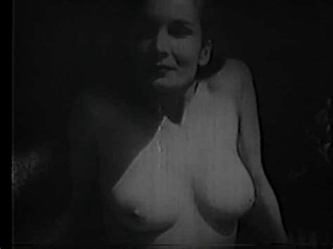 vicky nude