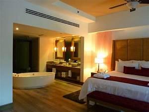 salle de bain dans chambre une tendance elegante et pratique With salle de bain dans chambre a coucher