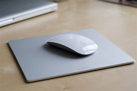 flexpad un tapis de souris en alu au design apple du mac