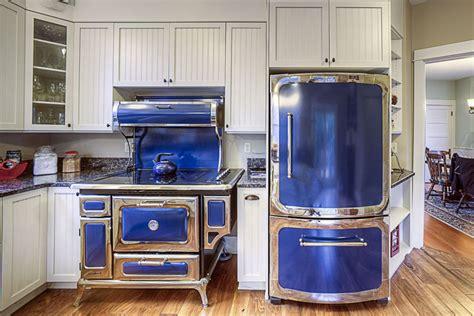 glass kitchen backsplash tiles 25 blue and white kitchens design ideas designing idea