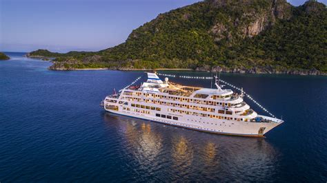 reef endeavour expedition cruise specialists
