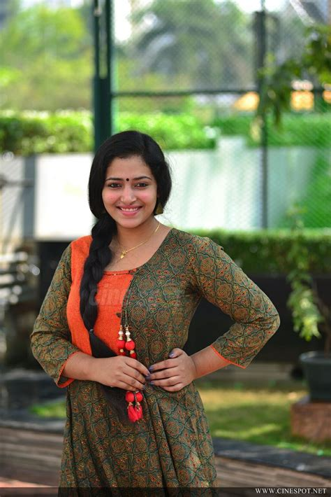 Bold Glamor Beautfull Actress Wallpapers Anu Sithara