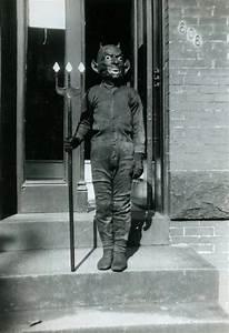 Vintage Halloween Costume | Vintage Halloween | Pinterest