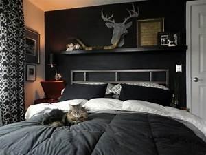 Schwarz Weiße Möbel Welche Wandfarbe : schwarze wandfarbe f r schlafzimmer 30 bilder ~ Bigdaddyawards.com Haus und Dekorationen