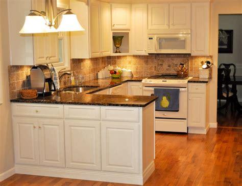 exemple couleur cuisine cuisine modele cuisine hygena avec jaune couleur modele