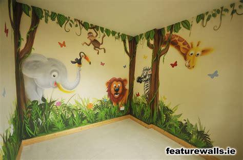bedroom murals  grasscloth wallpaper