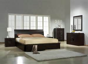 Bed Settings by Bedroom Photos