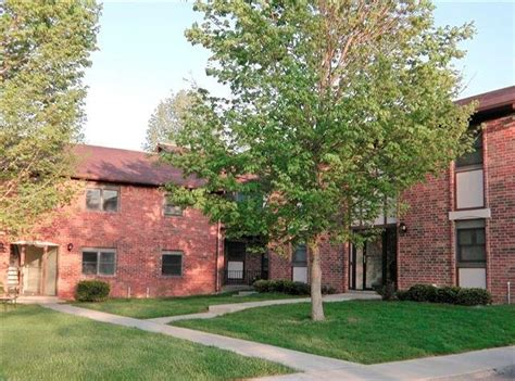 Eastwood Apartments Bloomington In by Woodington Management Llc Bloomington In 47401
