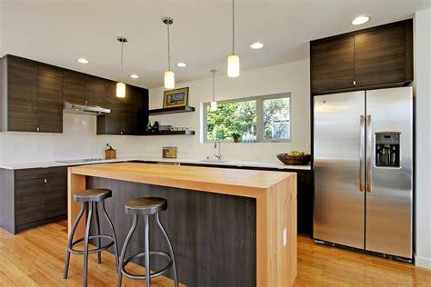 cuisine avec plan de travail noir cuisine plan de travail cuisine ardoise avec orange