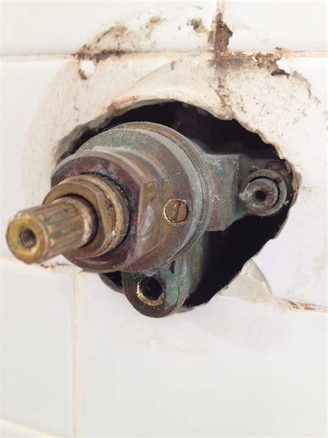chicago single handle faucet  diverter handle
