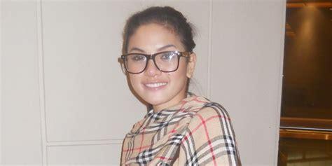 Nikita Mirzani Cuma Lulusan Smp Okezone Celebrity