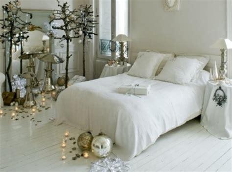 adorable christmas bedroom decor ideas digsdigs